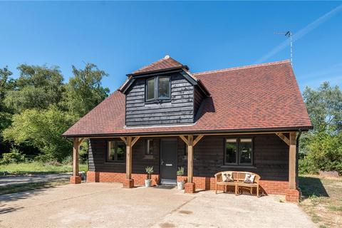 2 bedroom detached house to rent - Church Lane, Dogmersfield, Hook, RG27