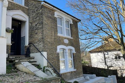 3 bedroom end of terrace house to rent - Willenhall Road, Plumstead Common