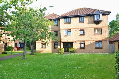 1 bedroom flat to rent - Vicarage Way, Colnbrook, Slough