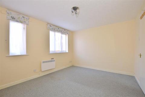 1 bedroom ground floor flat for sale - Grove Road, Chadwell Heath, Essex
