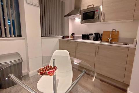 Studio to rent - Studio Apartment, Bracken House,44-58 Charles St, M1 7BD