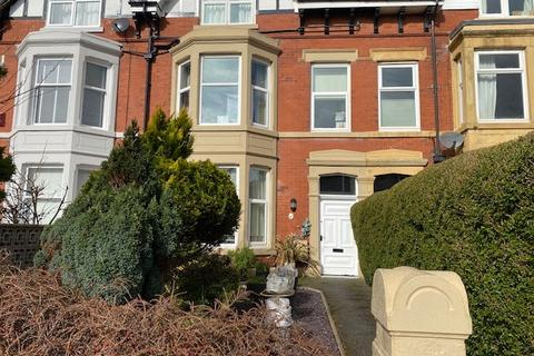1 bedroom apartment to rent - Victoria Road, Lytham St. Annes, Lancashire, FY8