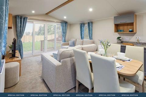3 bedroom park home for sale - SP6 SANDY BALLS | Godshill, Fordingbridge
