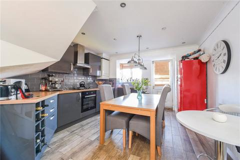 3 bedroom terraced house for sale - Maple Gardens, Staines-upon-Thames, TW19