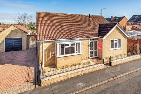 3 bedroom detached bungalow for sale - Green Lane, North Hykeham, LN6
