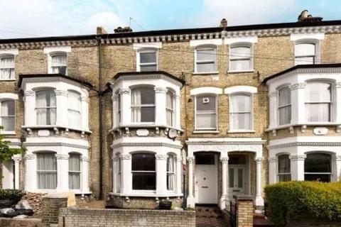 2 bedroom flat for sale - Almeric Road, London