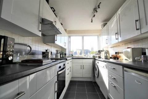 2 bedroom apartment to rent - Ashdown, Eaton Road, Hove BN3 3AR