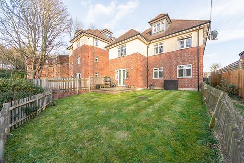 2 bedroom ground floor flat for sale - Birdhurst Avenue, South Croydon