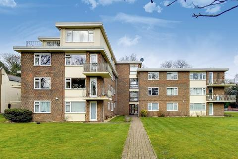 3 bedroom apartment to rent - Bramley Hill, South Croydon