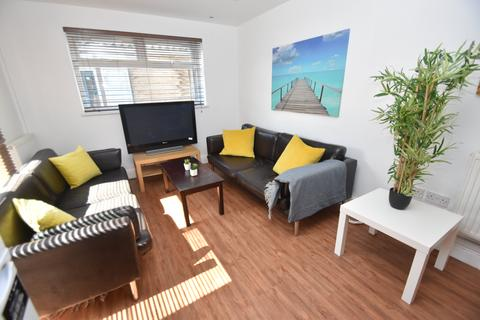 4 bedroom flat to rent - Cathays Terrace, Cathays, Cardiff
