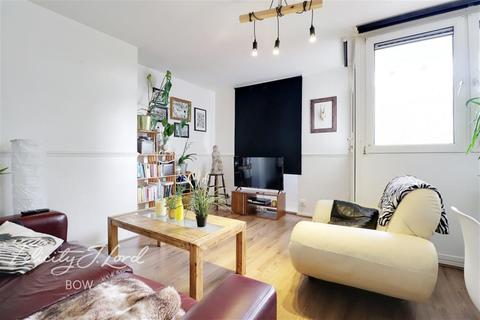 3 bedroom flat to rent - Locton Green,Ruston Street E3