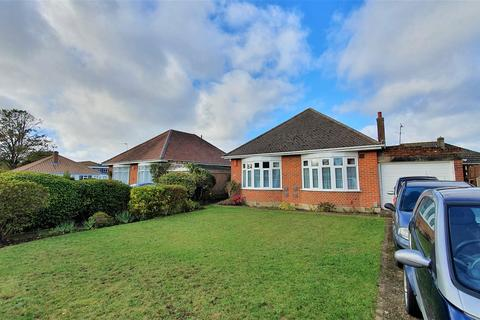 2 bedroom detached bungalow for sale - Boundary Road, Bournemouth