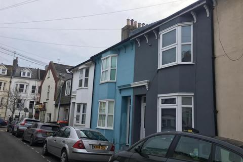 5 bedroom terraced house to rent - St Martins Street, Brighton