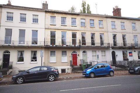 1 bedroom flat to rent - Montpellier Terrace GL50 1UX