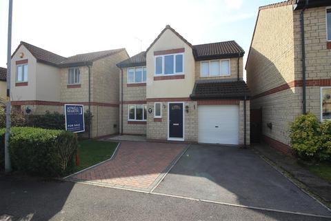 4 bedroom detached house for sale - Heron Way, Chippenham