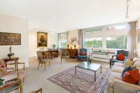 4 bedroom flat for sale - Melbury Road, London, W14
