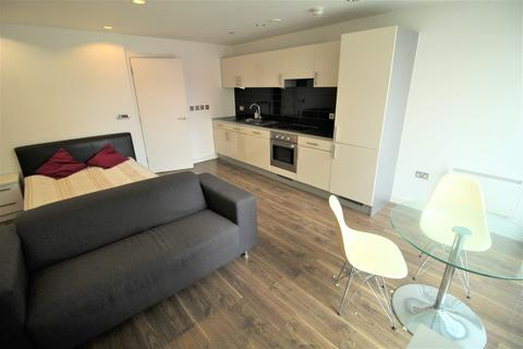 Studio to rent - Number One, Pink, Media City, Salford Quays M50