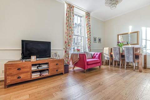 3 bedroom flat for sale - Royal Herbert Pavilions, Gilbert Close, Shooters Hill