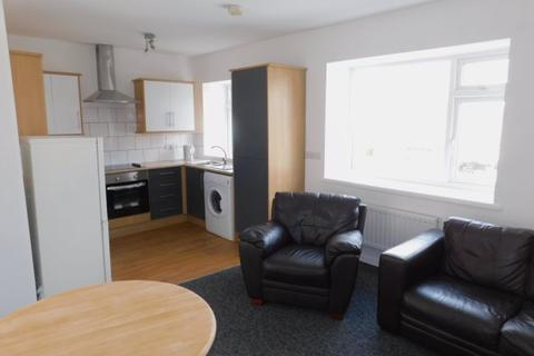 2 bedroom flat to rent - MARSHALL TERRACE, GILESGATE, OTHER AREAS