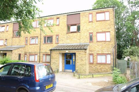 1 bedroom flat for sale - Johnby Close, ENFIELD, Greater London, EN3