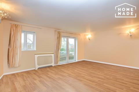 2 bedroom flat to rent - Celandine Grove, Enfield, N14
