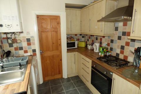 2 bedroom flat to rent - Simonside Terrace, Heaton