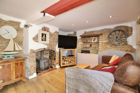 3 bedroom semi-detached house for sale - High Street, Waddington