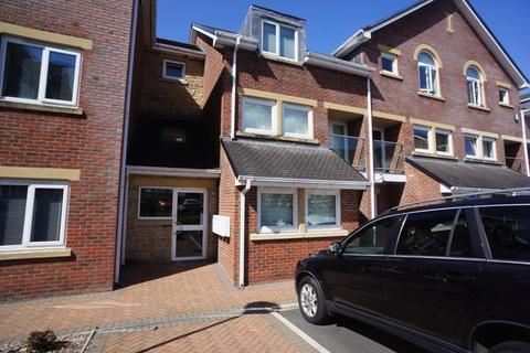 2 bedroom apartment to rent - Dickens Court, Brockhall Village, BB6 8HT