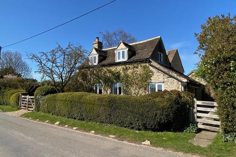 3 bedroom cottage for sale - Main Street, Southorpe, Stamford