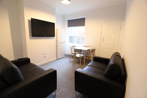 1 bedroom terraced house to rent - Boughey Street, Stoke-on-Trent, ST4