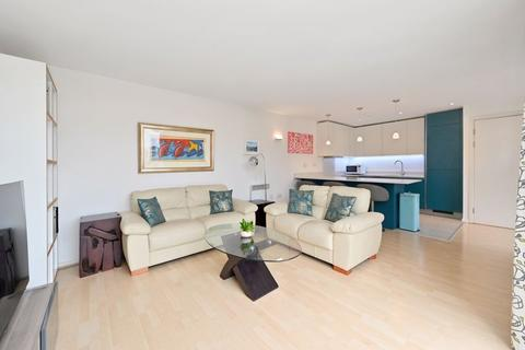 2 bedroom apartment for sale - Narrow Street, London, E14