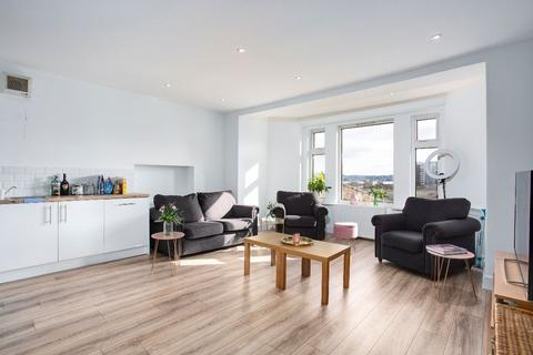 2 bedroom flat for sale - 26c Roseangle, Dundee, DD1 4LY