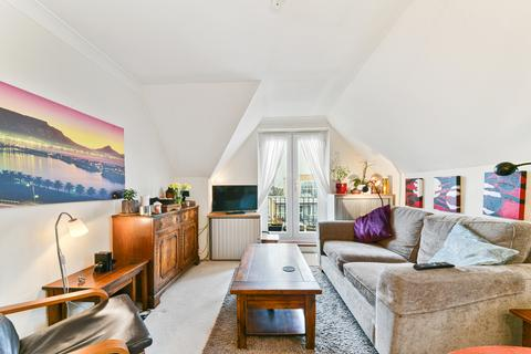2 bedroom flat to rent - Willows Court, SW19