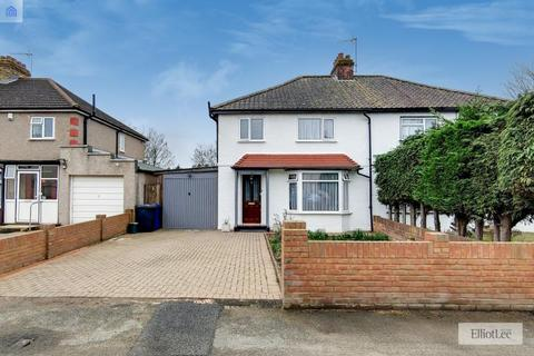 3 bedroom semi-detached house for sale - Costons Avenue, Greenford, Middlesex