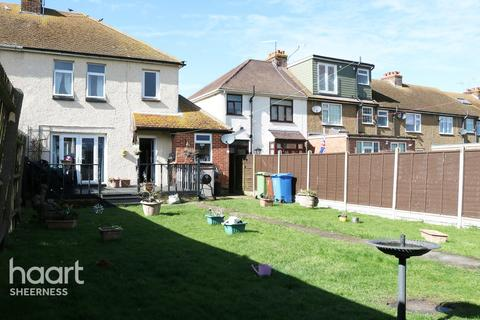 3 bedroom semi-detached house for sale - Tams Gardens, Sheerness