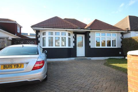 3 bedroom bungalow for sale - Mixes Hill Road, Luton, Beds, LU2