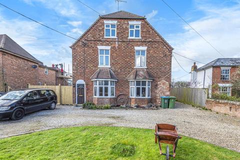 8 bedroom detached house for sale - Aylesbury,  Aylesbury Road,  HP22