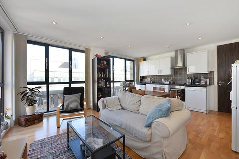 2 bedroom apartment to rent - Scrutton Street, London, EC2A