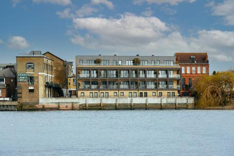 3 bedroom penthouse to rent - Palace Wharf, Rainville Road, Hammersmith, W6