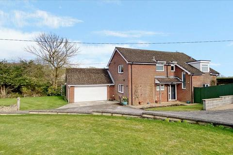 4 bedroom detached house for sale - Leyfield, Everleigh, Marlborough