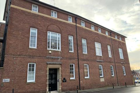 2 bedroom penthouse to rent - Cathedral Court, Southernhay East, Exeter
