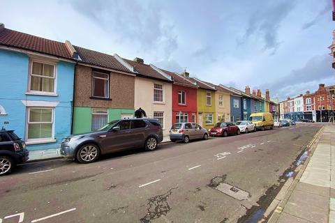 5 bedroom terraced house to rent - Exmouth Road, Southsea
