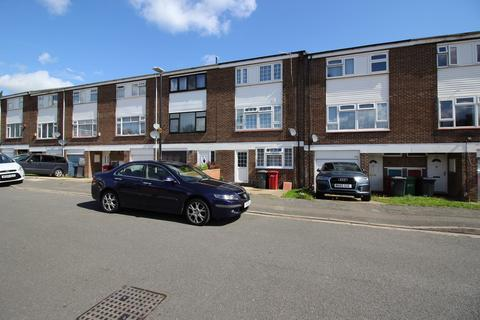 5 bedroom townhouse to rent - Weekes Drive, Slough