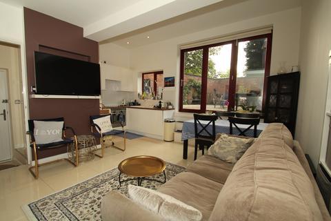2 bedroom flat to rent - Park Ravine, The Park, Nottingham