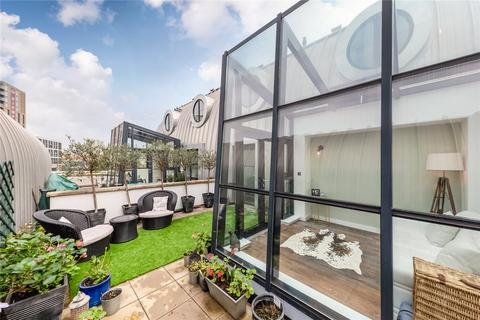 2 bedroom penthouse for sale - Candlemakers Apartments, 112 York Road, London, SW11
