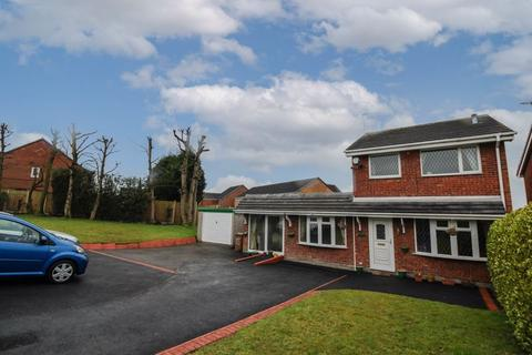3 bedroom detached house for sale - Farnworth Road, Longton, Stoke-On-Trent