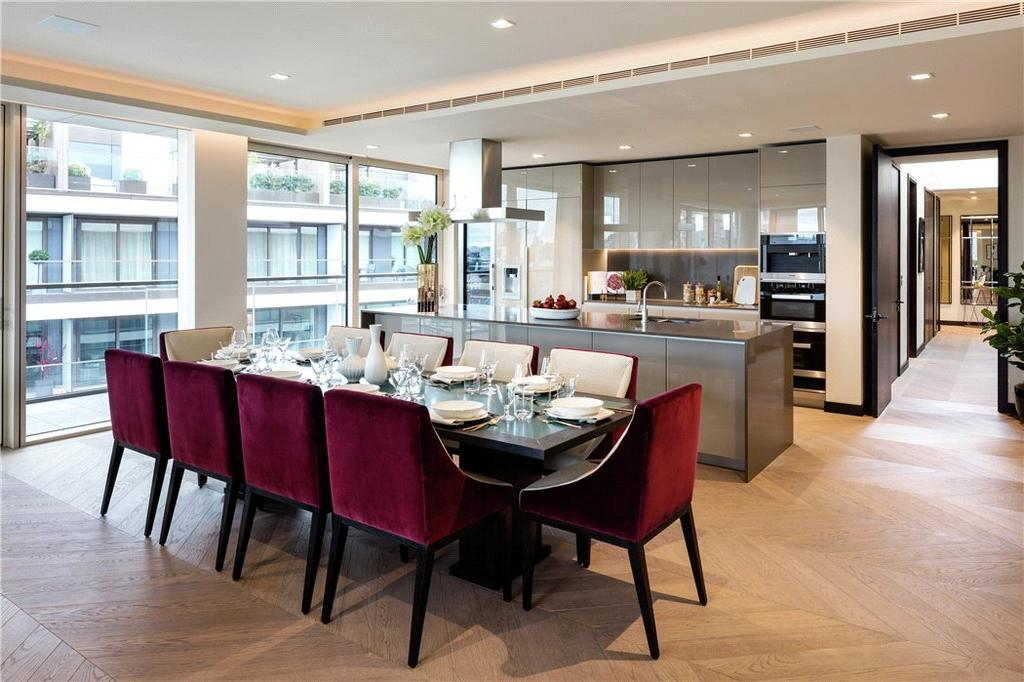 2 Bedrooms Flat for sale in One Tower Bridge, London, SE1