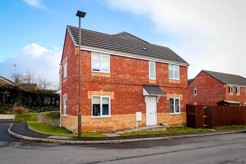 3 bedroom semi-detached house for sale - Croft House Way, Bolsover, Chesterfield