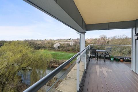 2 bedroom apartment for sale - Bowles Court, Chippenham