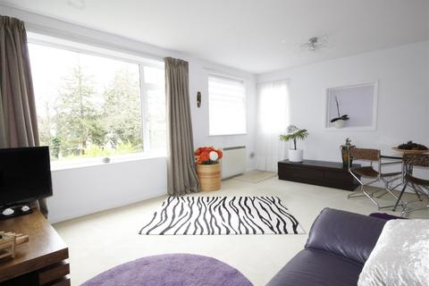 2 bedroom flat for sale - Wellington Road, Bournemouth